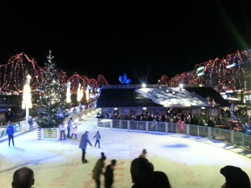 One end of the ice rink circuit through the market